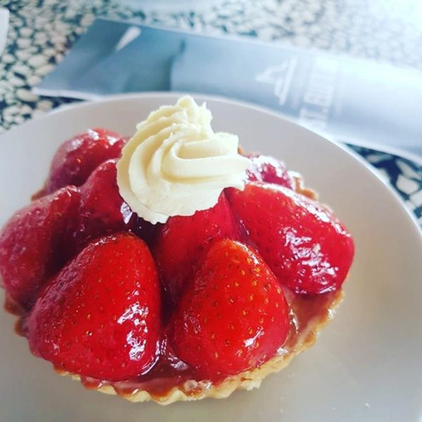 strawberry tart st ellis bay pastries cakes llanelli